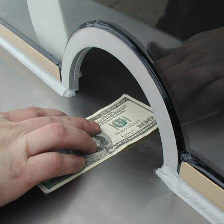 Easy cash slots allow for easy transactions of paper and coin!