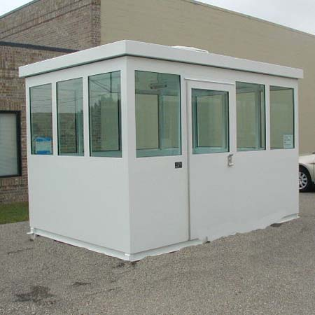 GUARDHOUSE BULLET RESISTING 10X10 WITH MAXIMUM GLASS VISIBILITY, SWINGING DOOR
