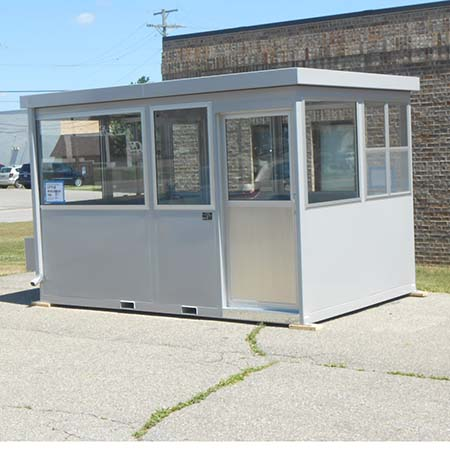 Guard Shack Little Buildings #LB812 standard unit with sliding door